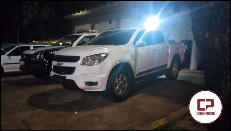 Equipes da Polícia Militar RPA e CPU de Umuarama recuperam veiculo roubado em São Paulo