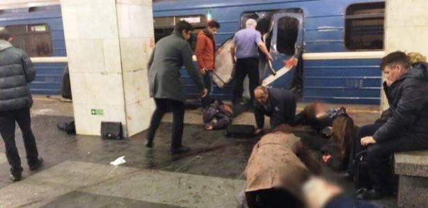 Explosão em metrô deixa mortos em São Petersburgo, na Rússia