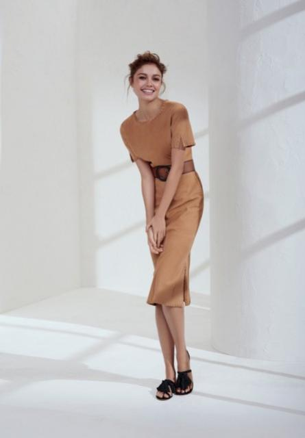 Sophie Charlotte encarna deusa grega moderna em campanha de moda