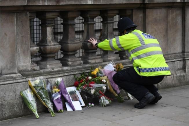 Responsável por ataque em Londres é Khalid Masood, diz polícia