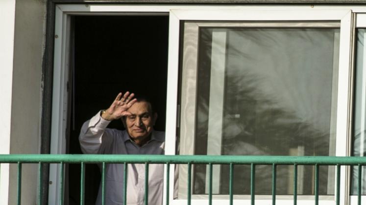 Após 6 anos de prisão, Hosni Mubarak é solto no Egito