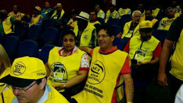 CONTRA REFORMAS:Goioerenses vão a Brasília defender direito dos trabalhadores