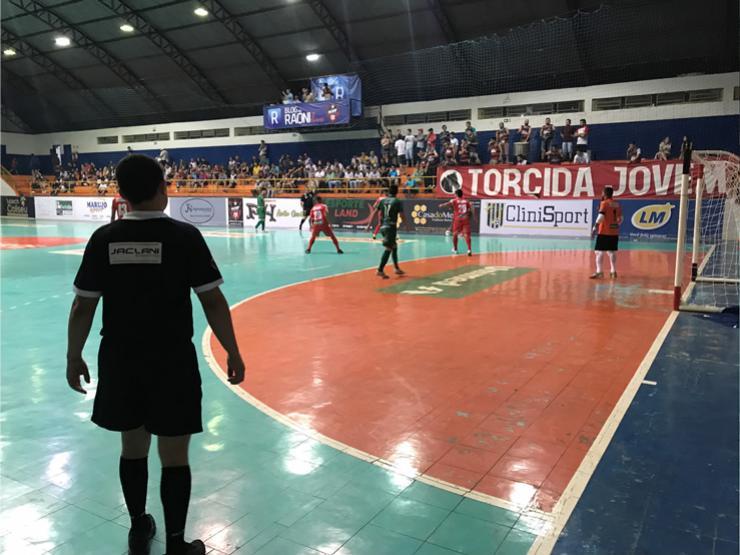 DIFÍCIL DE DIGERIR: ACMF sofre derrota para Paranavaí em Campo Mourão!