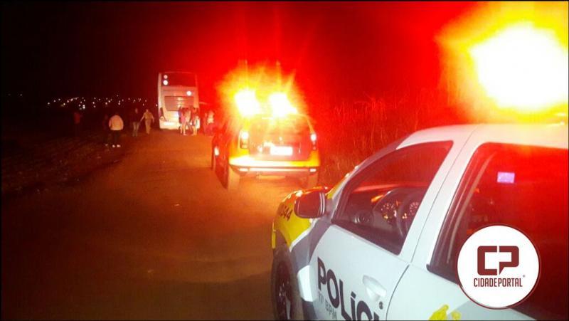 Seis assaltantes interceptam ônibus de Turismo Paraguaio para praticarem roubo
