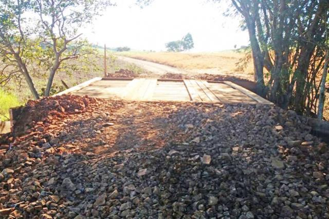 Mais uma ponte reconstruída na área rural de Campo Mourão