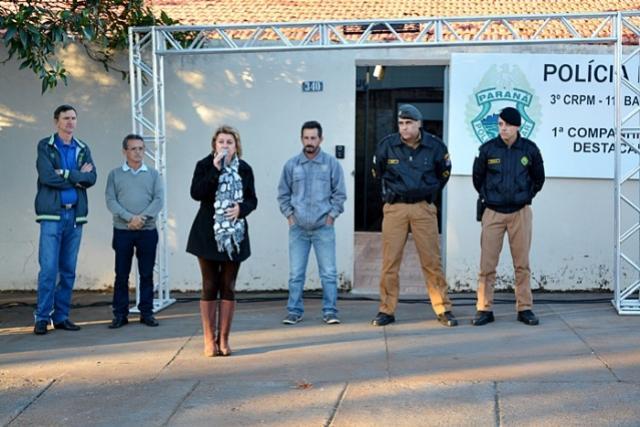 Farol - prefeita realiza entrega oficial da nova viatura à Polícia Militar