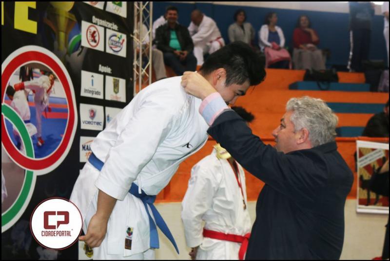 Douglas Fabrício prestigiou Campeonato  Paranaense de Karatê em Campo Mourão