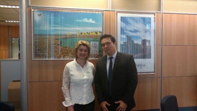 Em busca de fortalecimento do turismo local, Prefeita Angela visita Ministério do Turismo
