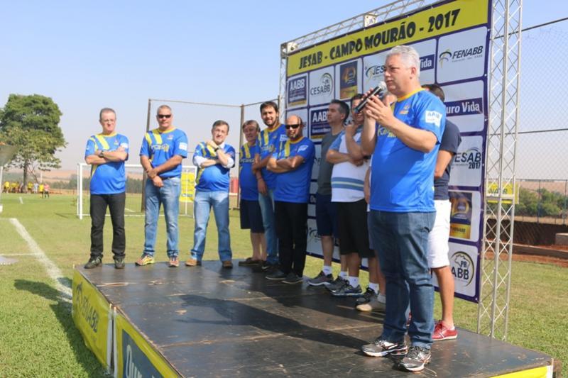 Douglas Fabrício prestigia  Jogos Estaduais das AABBs em Campo Mourão