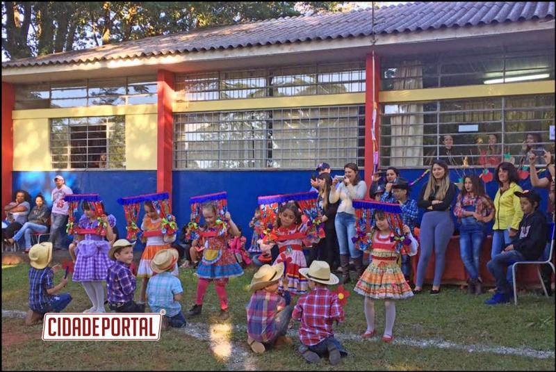 Arraiá da Caetano foi realizado neste sábado no Alto Alegre