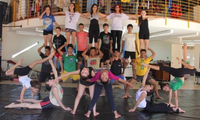 Mostra Junina da Escola de Circoem Campo Mourão
