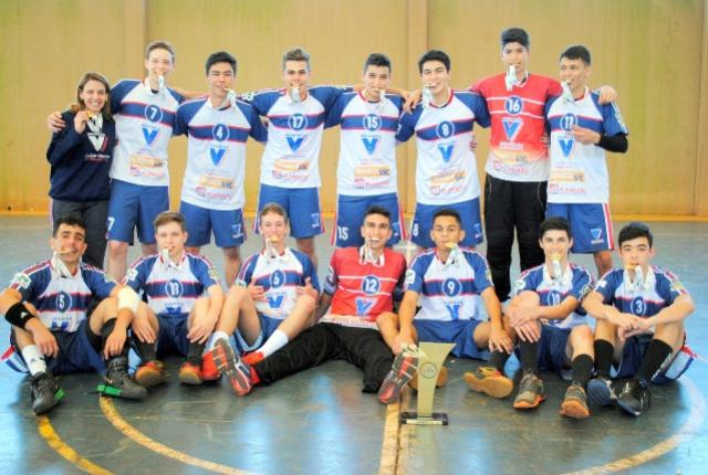 Campo Mourão comemora o Ouro dos JEPs no Handebol Masculino após vencer Ponta Grossa