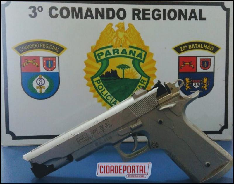 Policiais Militares da RPA de Umuarama realizam cerco após roubo e prendem autor com simulacro