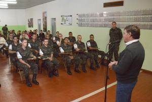 Tiro de Guerra forma nova turma de monitores em Umuarama