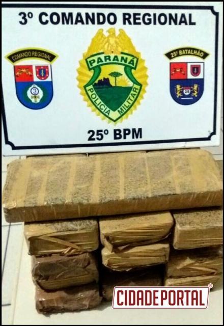 Policiais Militares de Umuarama encaminham três pessoas por tráfico de entorpecentes