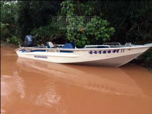 Policia Ambiental de Umuarama recupera lancha furtada em Porto Camargo