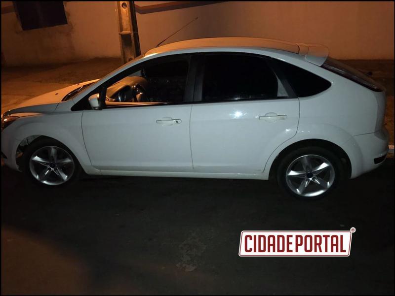 Policiais Militares da RPA de Xambrê recuperam veículo furtado na cidade de Curitiba em dezembro de 2016