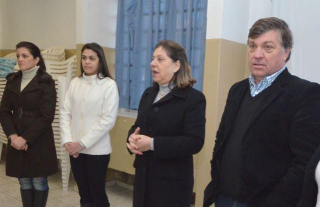 Merendeiras do município participam de curso sobre manipulação de alimentos