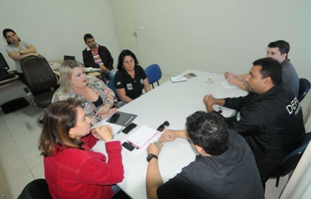 Secretaria de Saúde trata detentos  com suspeita de tuberculose em Umuarama