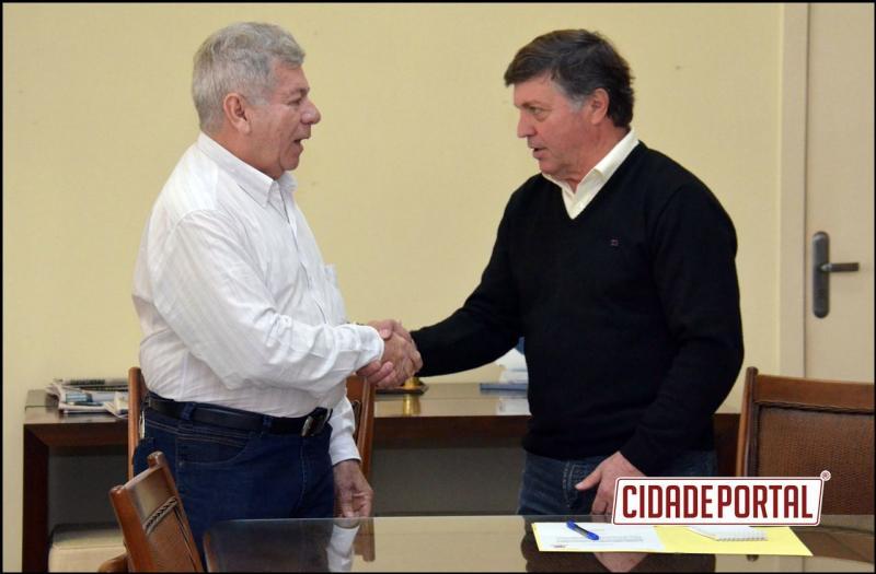Com apoio de Scanavaca, Prefeitura terá R$ 2 milhões para recapeamento asfáltico