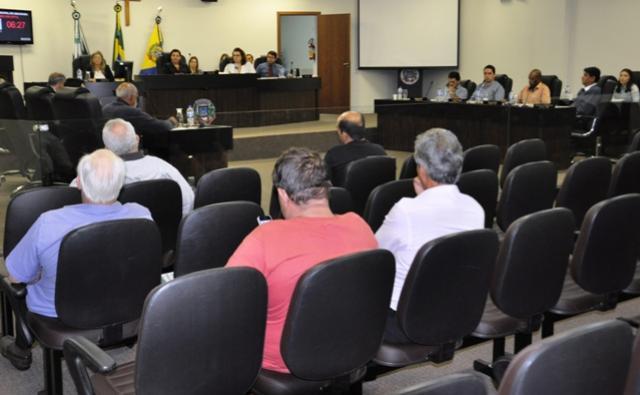 Quatro projetos em pauta na sessão desta segunda-feira, 24 da Câmara municipal de Umuarama