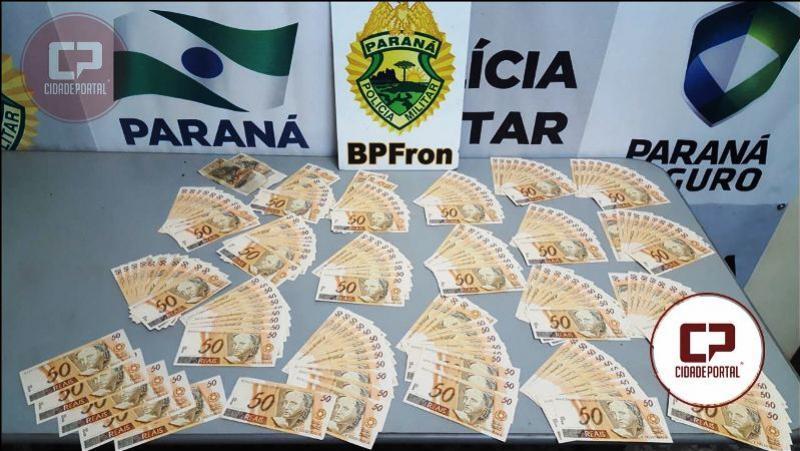 BPFron apreende 10 mil reais em notas falsas de cinquenta reais em abordagem a ônibus de linha na cidade de Guaíra