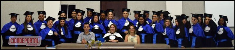 Unicesumar realizou colação de grau de 29 formandosde doze cursos neste sábado, 04
