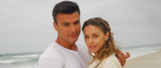 Após polêmica, Leonardo Vieira volta a atuar com Bianca Rinaldi