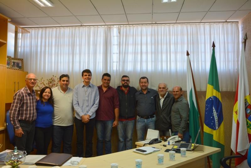 Prefeito Rafael Bolacha se reúniu com os vereadores na manhã desta sexta-feira, 07