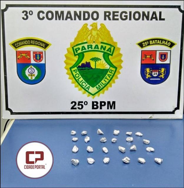 Equipes da Polícia Militar de Umuarama encaminham três pessoas em abordagem no conjunto arco-íris