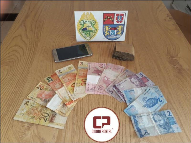 Polícia Militar encaminha uma pessoa acusada de tráfico de drogas em Brasilândia do Sul