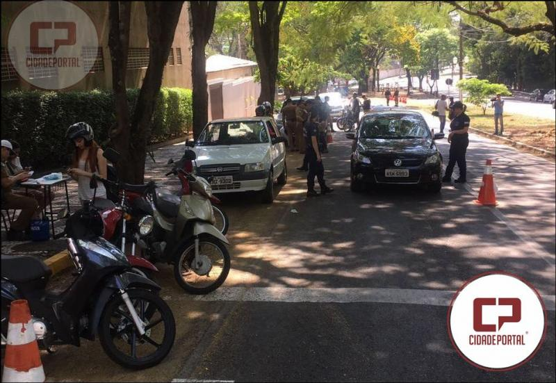 Semana Nacional do Trânsito é iniciada com Blitz Educativa e orientações a Motoristas em Umuarama