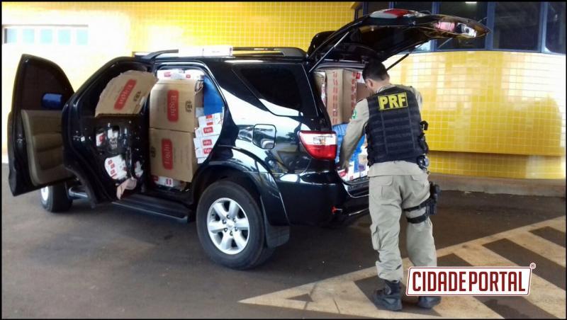 Polícia Rodoviária Federal apreende veículo com 2000 pacotes de cigarros em Guaíra após acompanhamento tático