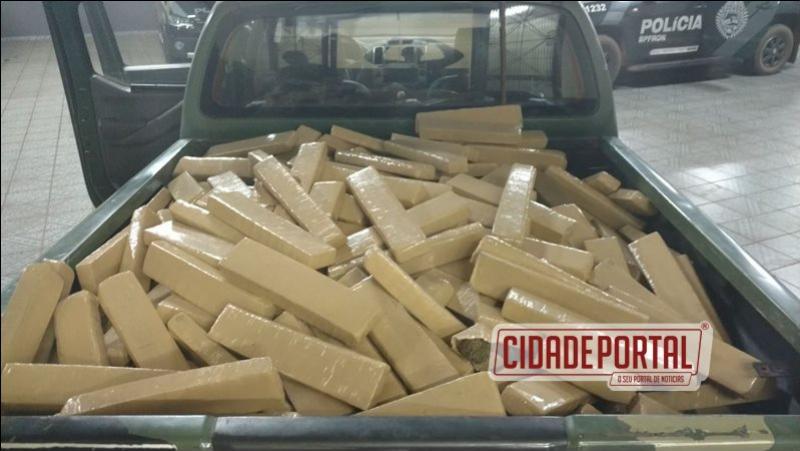 Policiais do BPFRON prenderam um homem com aproximadamente 360 kg de maconha em Guaíra