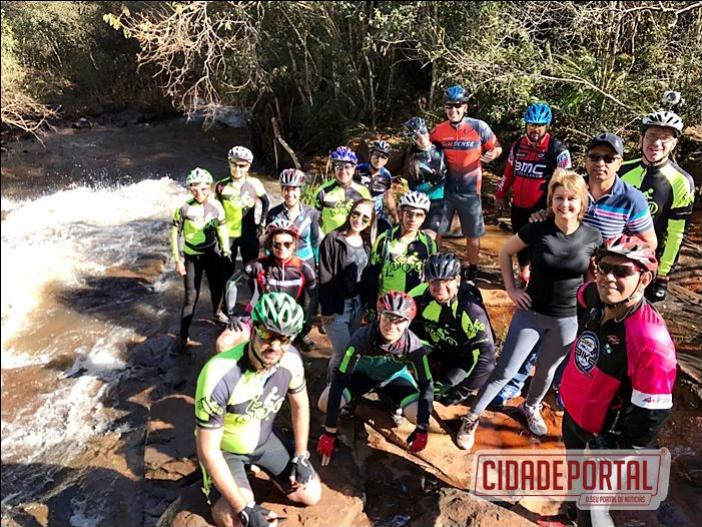 Ciclistas participam do 1º Pedala do município de Farol