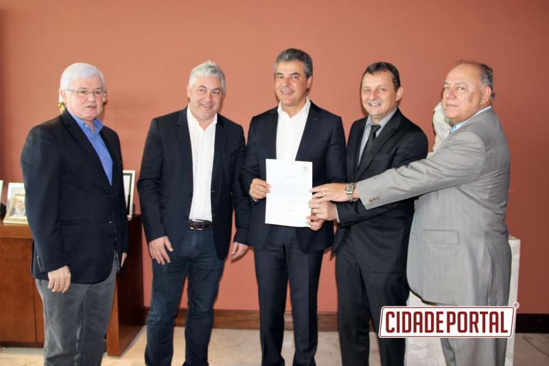 Goioerê e Barbosa Ferraz conquistam financiamento do governo