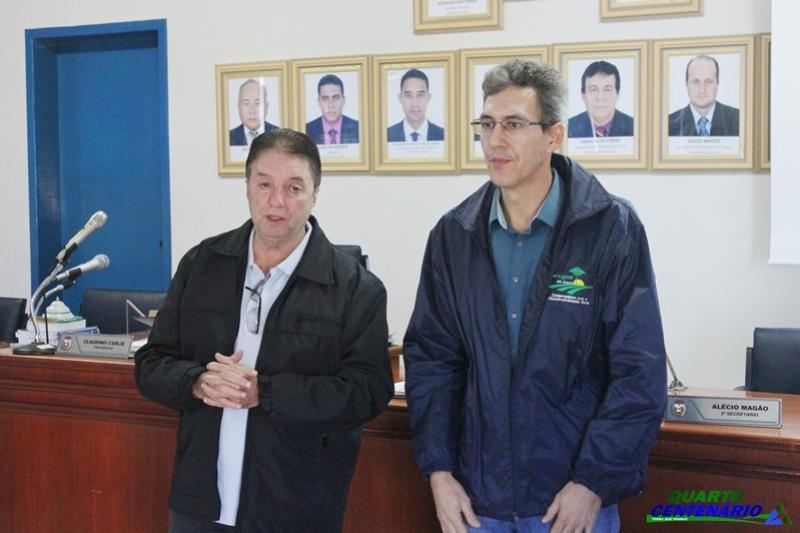 Prefeito Reinaldo Krachinski apresenta novo técnico da EMATER de Quarto Centenário