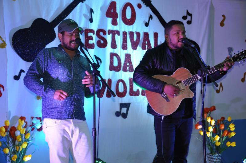 Dupla goioerense Hugo e Tiago vencem festival da Viola na cidade de Mamborê na categoria geral