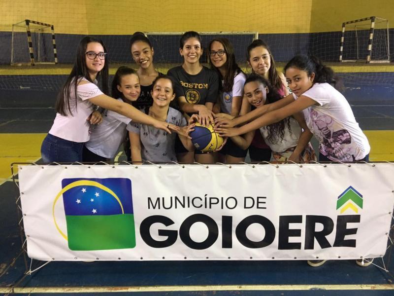 Goioerenses foram convocadas para atuar na seleção feminina do Basquete Paranaense