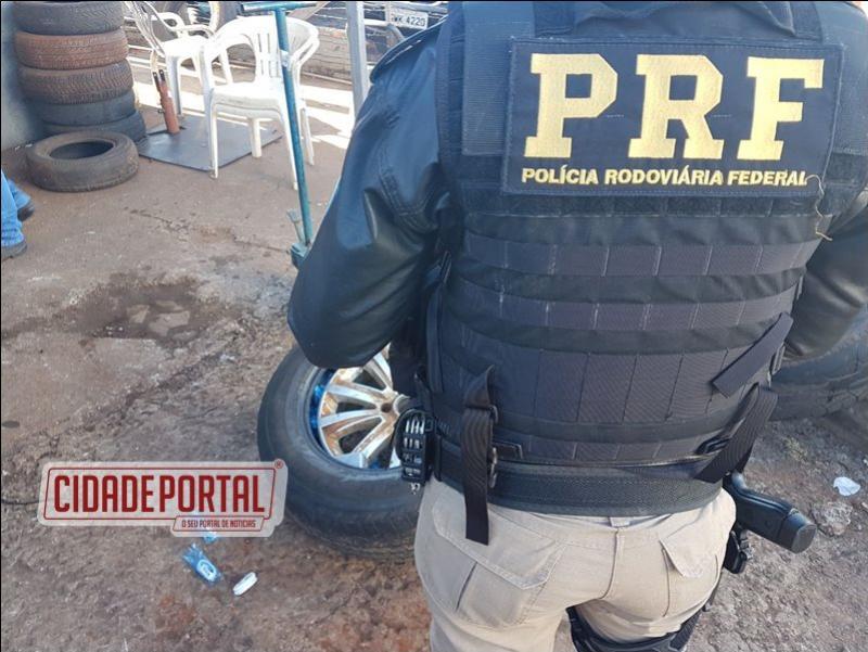Polícia Rodoviária Federal apreende 125 celulares escondidos dentro de pneu em Santa Terezinha de Itaípu