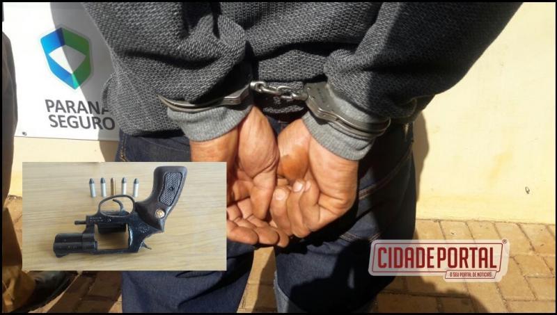 Polícia Militar prende homem de 40 anos de idade com um revólver em estabelecimento comercial no lar Paraná em Campo Mourão