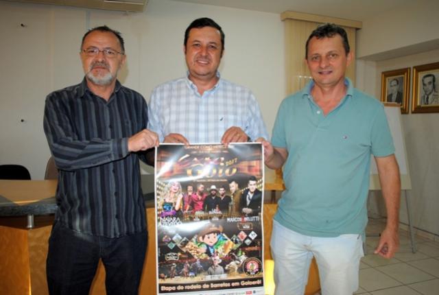Presidente da sociedade rural e Pedro Coelho lançam cartaz oficial da Expo Goio 2017