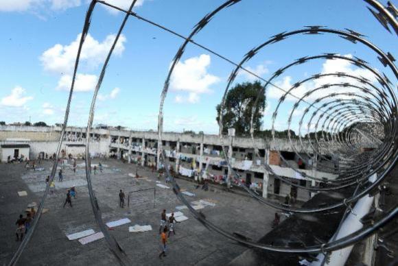 Más condições das prisões facilitam crescimento de facções, dizem especialistas