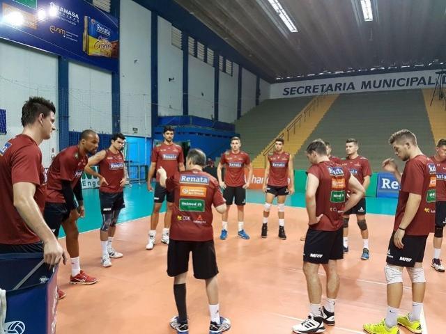 Campinas encara Atibaia para garantir oitava semifinal seguida no Paulista
