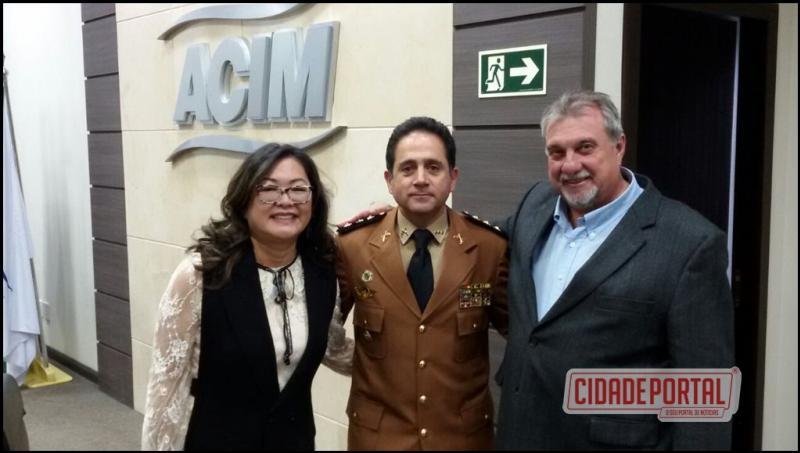 3º Comando Regional de Polícia Militar tem novo comandante; ubiratanenses participam da solenidade