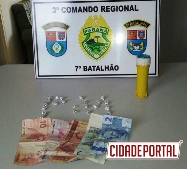Policiais do 7º Batalhão apreende 22 pedras de crack em Tuneiras do Oeste
