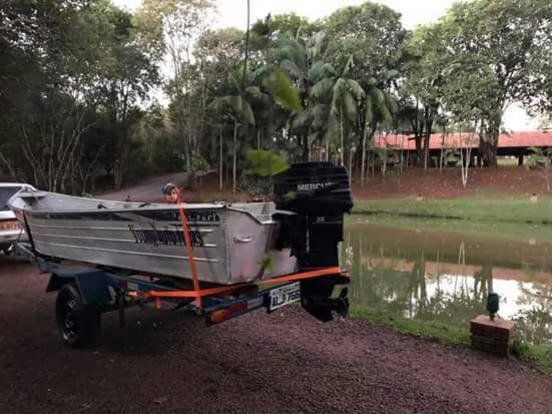Um motor de Polpa marca Mercure, modelo 25, ano 2005 de cor preta foi furtado em Ubiratã nesta terça-feira, 03