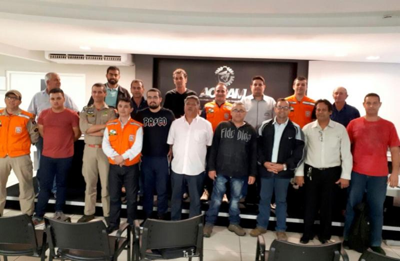 Servidores municipais participam de treinamento sobre atuação da Defesa Civil