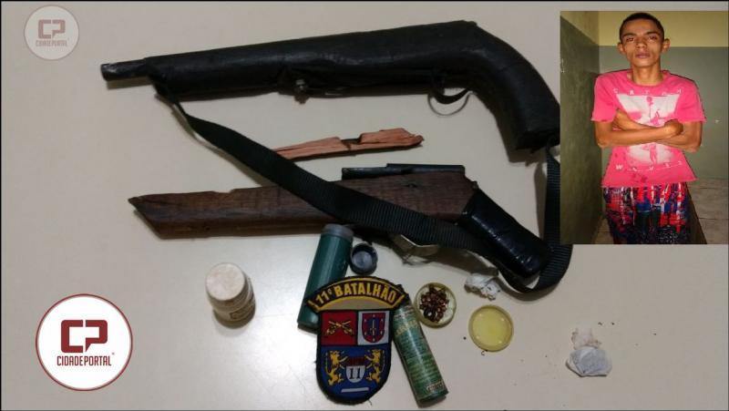 Polícia Militar de Mamborê prende uma pessoa por posse ilegal de arma e lesão corporal