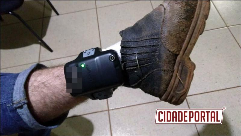 Policiais Militares do destacamento de Roncador apreendem munições com uma pessoa com tornozeleira eletrônica